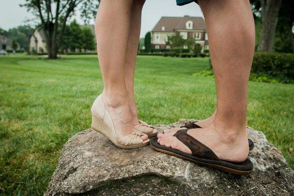 couple-feet